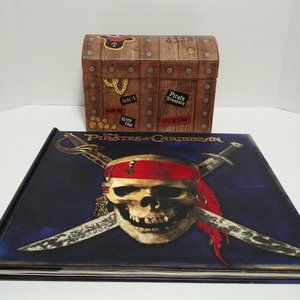 ⚓Pirates of the Caribbean⚓ Book & Treasure Chest🎁
